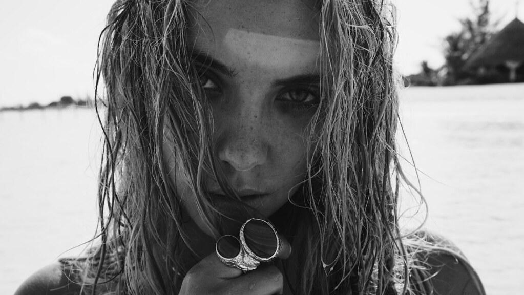 Эшли Бенсон — Фотосессия для «Find Your California» 2015 – 99
