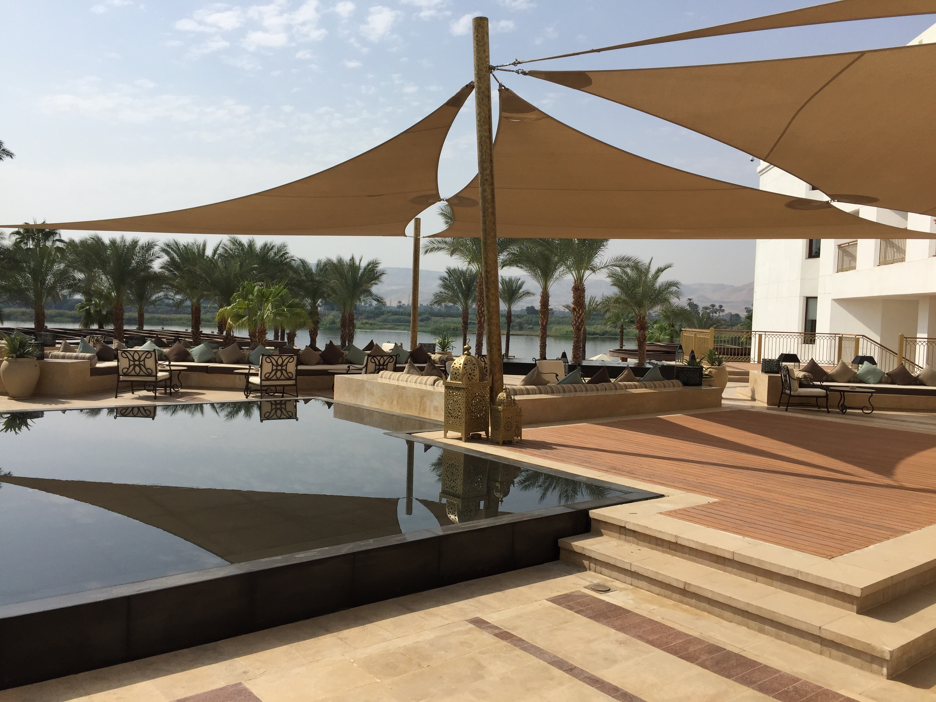 Hilton-Luxor