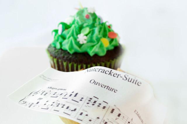 Christmas Cupcake © Royal Opera House Restaurants