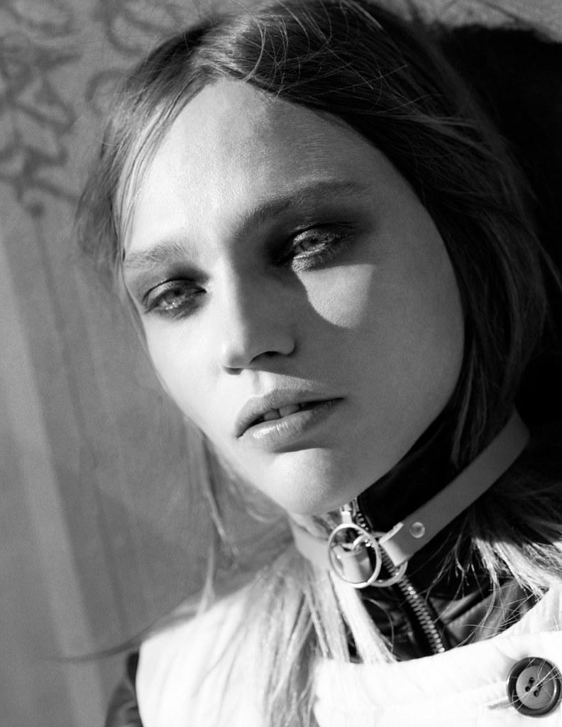 Саша Пивоварова — Фотосессия для «Intermission» 2015 – 6
