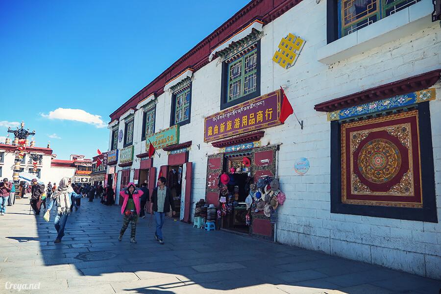 2015.12.09 ▐ Tibet 西藏踢北去 ▐ 尋找藏人真正的拉薩中心,被信仰力量震撼的大昭寺與舊城區 06.jpg