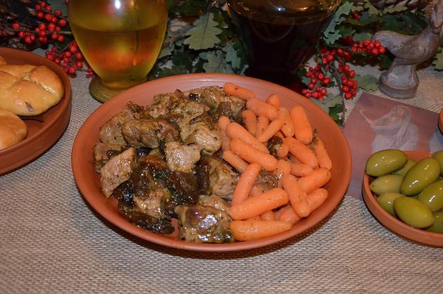 Minutal ex Praecoquis (Pork & Fruit Ragout)