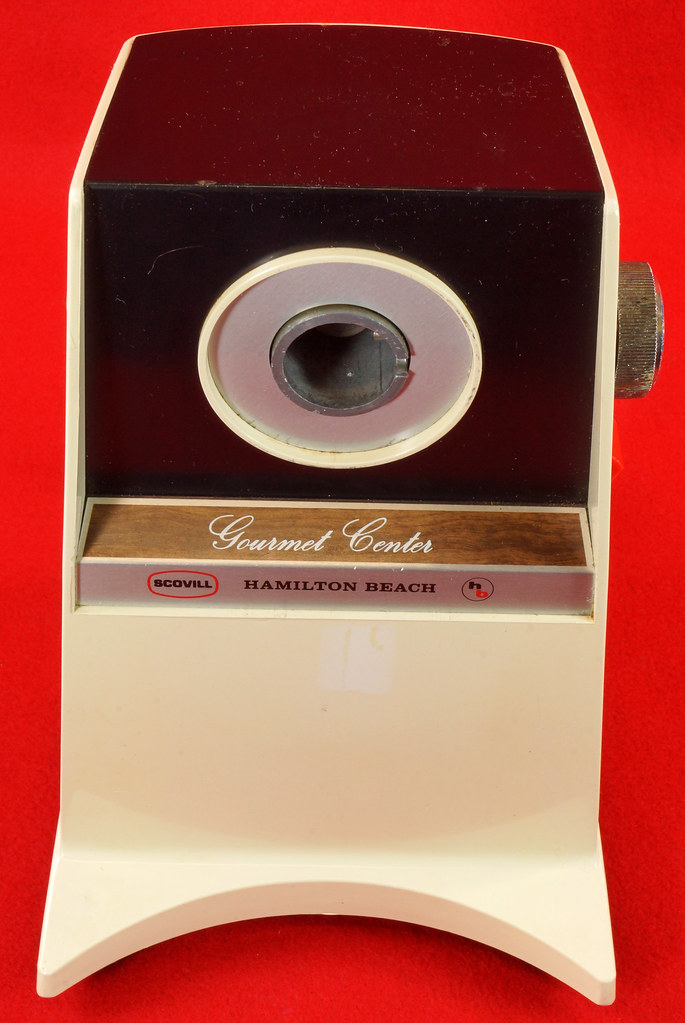 RD9226 Vintage Hamilton Beach Gourmet Center Model 223 with Instruction Booklet in Box DSC08510