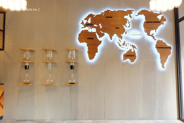 32533126142 3f07c907ed z - 【熱血採訪】黑浮咖啡.RÊVE Café:高雄人氣連鎖咖啡館,濁水溪以北第一間分店進駐公益路