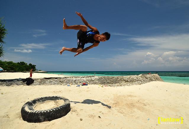 Bakhaw acrobat