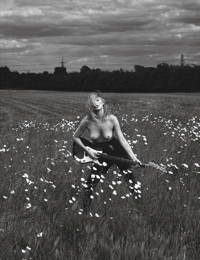 Кейт Мосс — Фотосессия для «Vogue» FR 2015 – 7