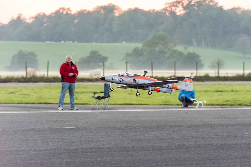 Phil flying his Jetcat powered Elan turbine.