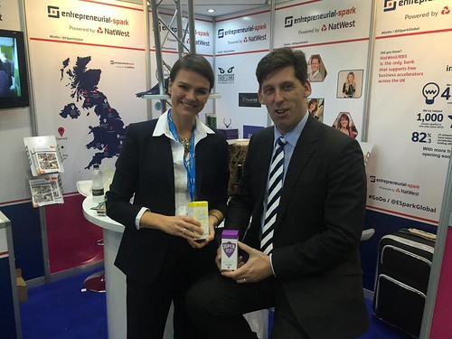 Impressed to meet Melanie Lawson @BareBiology - @EsparkGlobal - luxury omega 3 products with health benefits.