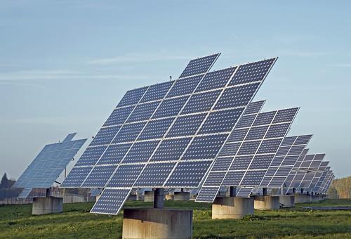 AS1_3273 large solar panel installation photo Aaron Sneddon