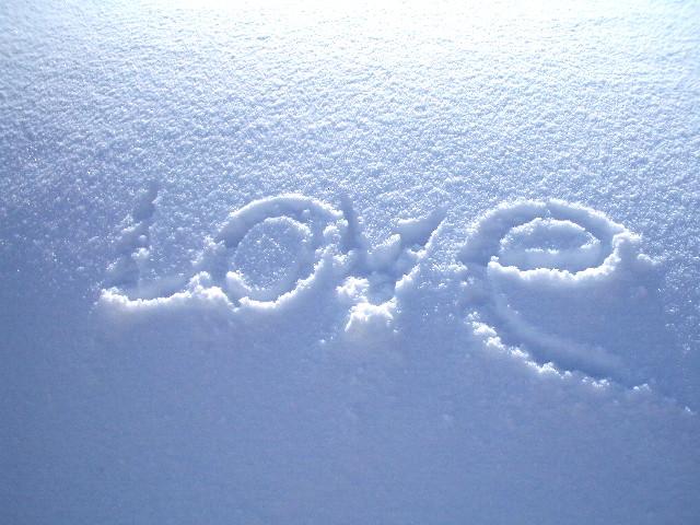 雪に落書き