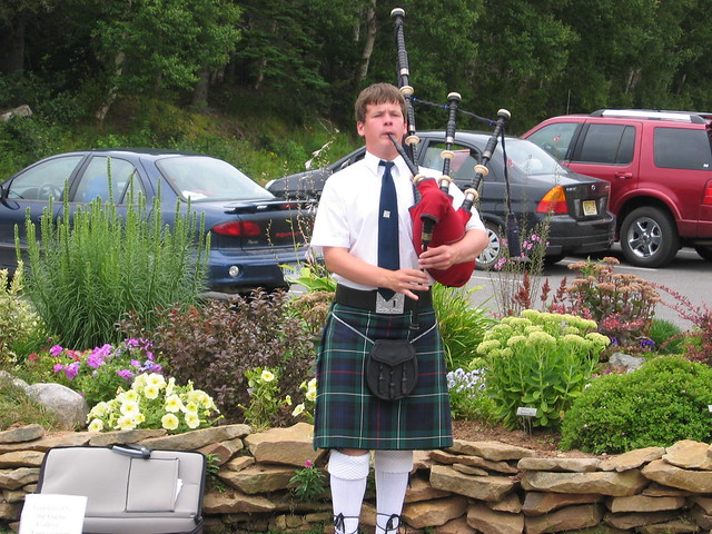 Piper at the Gaelic College by CC user madmiked on Flickr