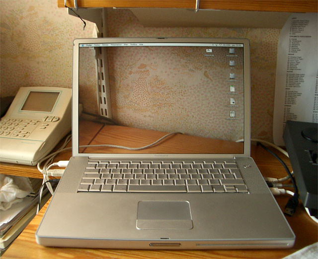 Transparent Screen - alexy