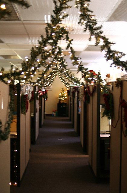 Cubicle christmas flickr photo sharing for Cubicle decoration xmas