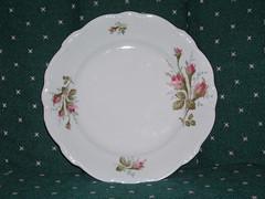 dishware, platter, plate, tableware, saucer, petal, porcelain,