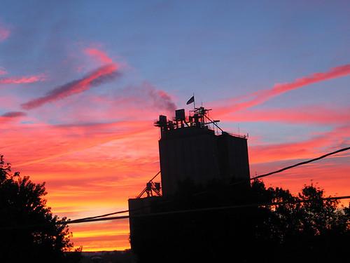 pink orange industry silhouette sunrise virginia industrial factory bright va poultry omg shenandoahvalley harrisonburg harrisonburgcity