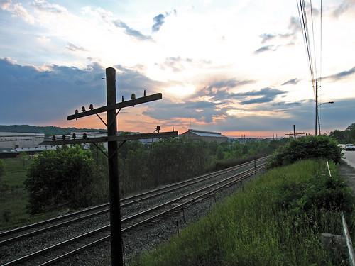 railroad sunset ohio train traintracks tracks rail oh youngstown railroadtracks