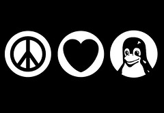 Peace, love, and Linux by flickr user amayita