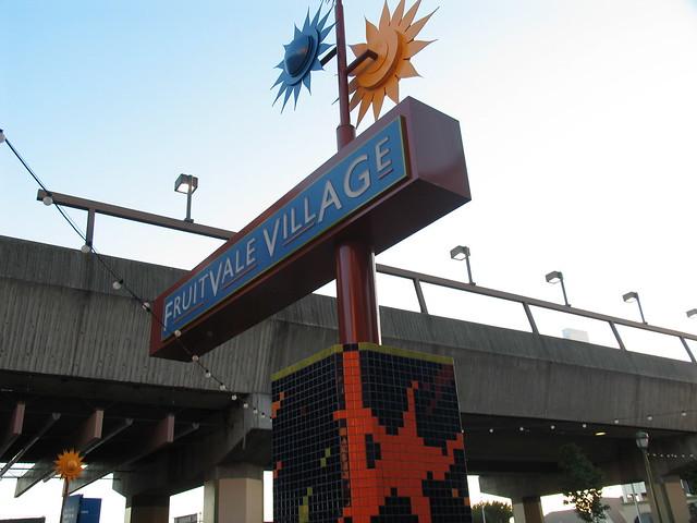 fruitfall station square