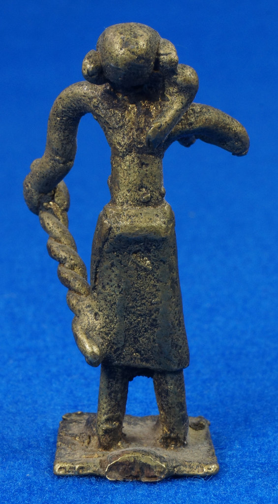 RD15105 4 Vintage African Hand Made Folk Art Primitive Figurines Solid Cast Brass Burkina Faso Yoruba West Africa DSC07123