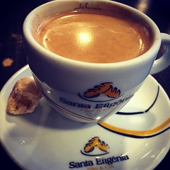 espresso, cappuccino, flat white, cup, hong kong-style milk tea, salep, atole, saucer, coffee milk, caf㩠au lait, food, coffee, dish, ristretto, coffee cup, masala chai, caff㨠macchiato, caff㨠americano, drink, latte,