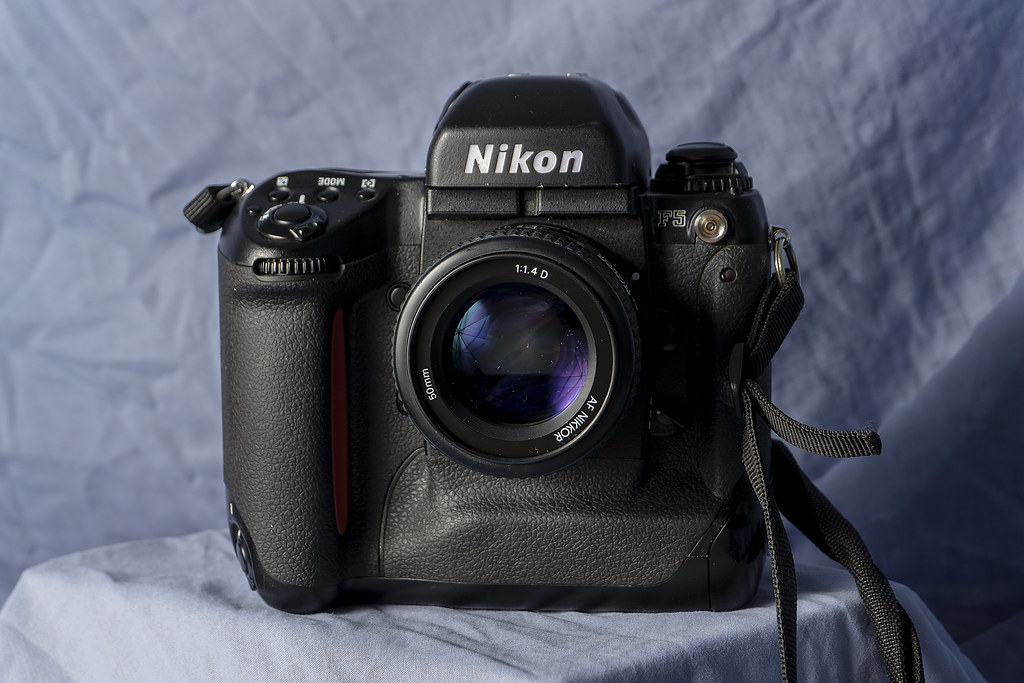 CCR - Review 23 - Nikon F5