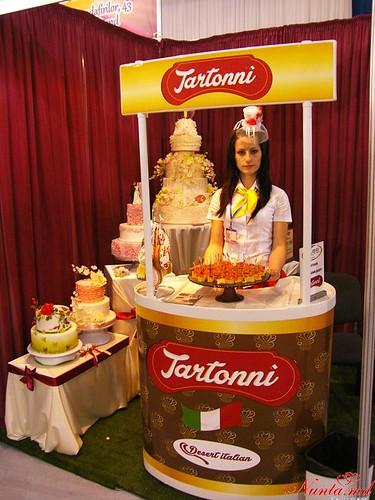 COLIBRI > Tartonni – новая коллекция десертов от кондитерской Colibri