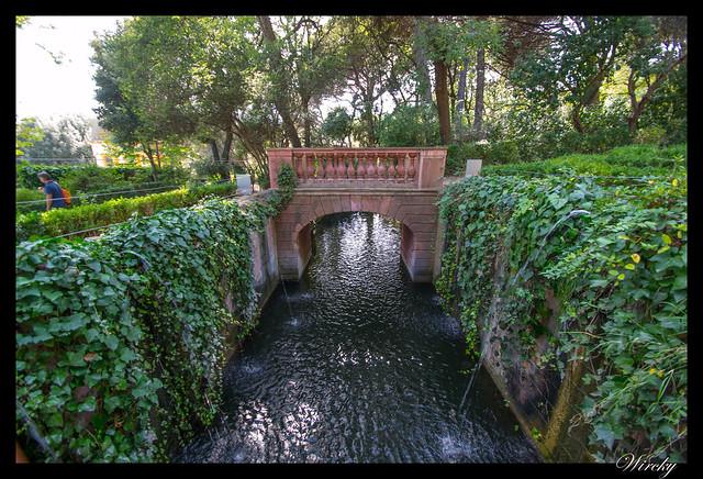 Puente del canal romántico
