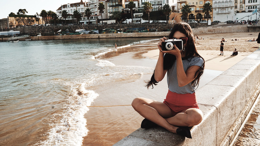 Ванесса Хадженс — Фотосессия для «Find Your California» 2015 – 3