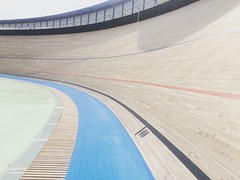 You can't imagine how awesome is this track! #pistaBCN #rhcbcn3 #roadtoredhook #barcelona #velodrome #horta #olympic #cinelli #fixedgear #trackbike