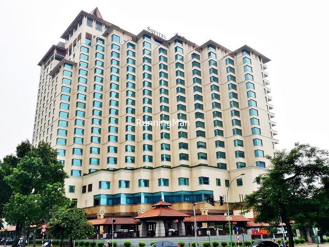 Sofitel Plaza Hotel 01 - Exterior Facade