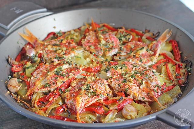 Salmonetes al horno www.cocinandoentreolivos.com (16)