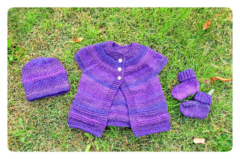 Red Knits_Layette