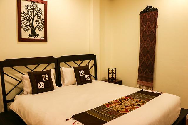 A hotel room in Luang Prabang, laos ルアンパバーン、ホテルの部屋