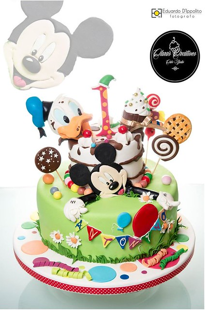 Cake by Clara Vinciguerra