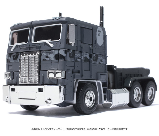 變形金剛 × A BATHING APE® MP 柯博文 黑色迷彩版 トランスフォーマー TRANSFORMERS MP CONVOY BAPE® BLACK CAMO VERSION