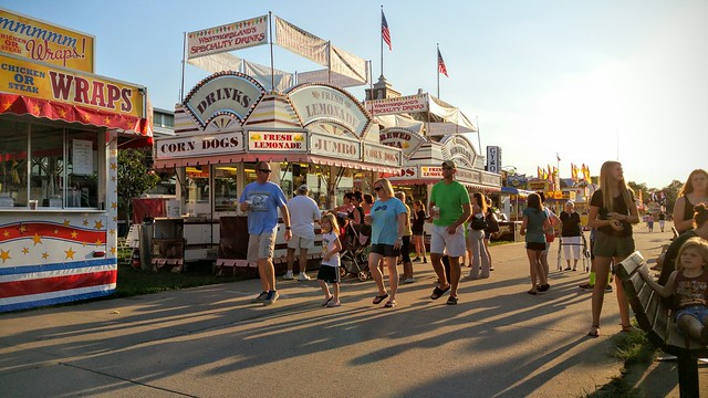 Seeing some footlong shadows at the Fair!