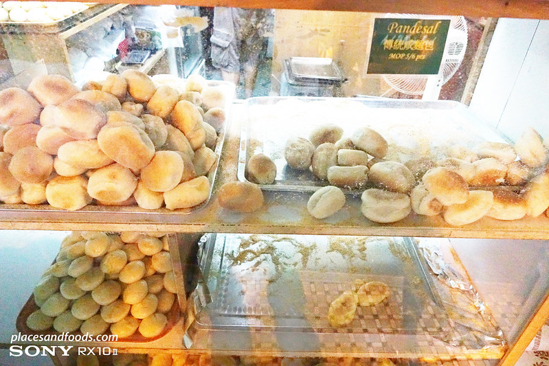 anak philippined pandesal bread