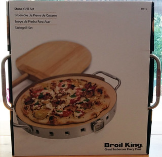 Broil King Imperial™ Pizza Stone Grill Set