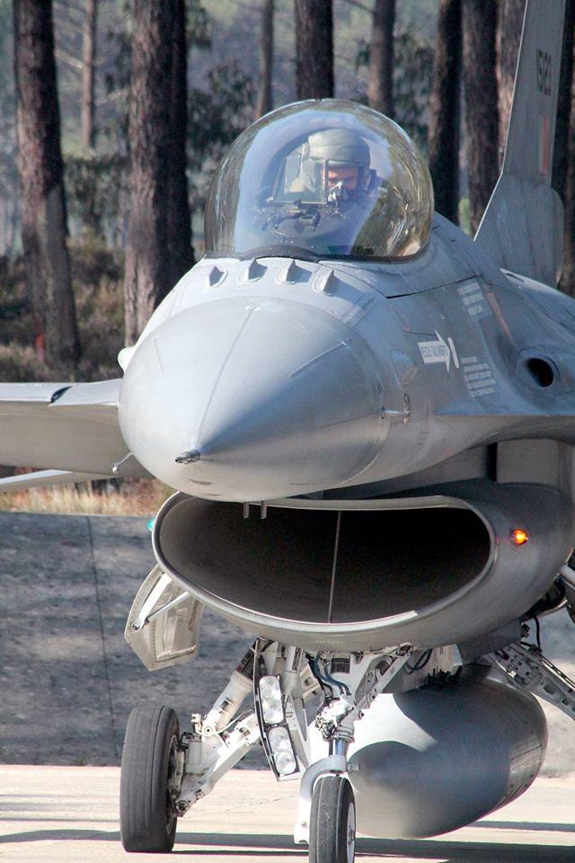 ROAF_F16_piloti_romani (7)