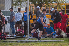 Ian Throwing Discus