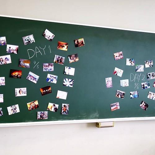 黒板、教室、学校。