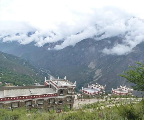 CH-Danba-Jiaju-Bus-Panorama (12)