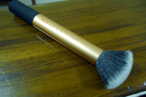 Real Techniques Core Collection 005 Buffing Brush