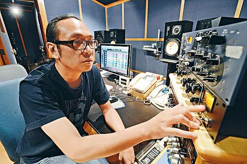 香港音樂監製周博賢指內地審查制度在香港造成寒蟬效應。(崔俊良攝)