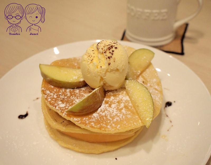 26 3 Cafe Studio 季節水果鬆餅高塔