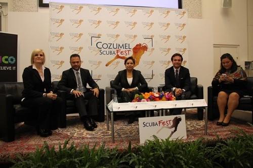 """Proyección del documental """"Cozumel, un paraíso en el Caribe maya"""""""