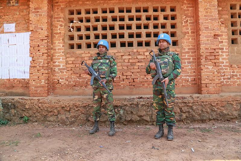 Intervention militaire en Centrafrique - Opération Sangaris - Page 21 23380299109_73eab3af5b_c