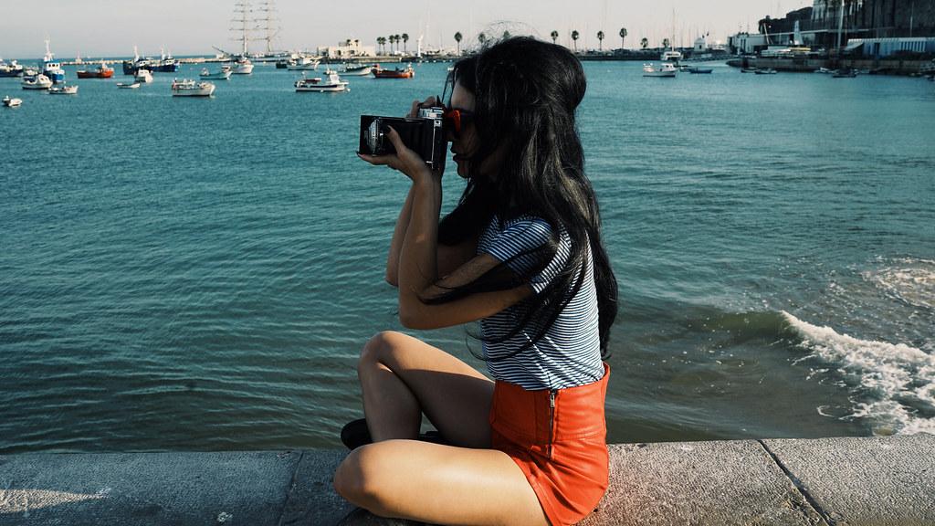 Ванесса Хадженс — Фотосессия для «Find Your California» 2015 – 61