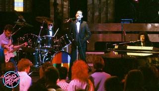 Queen, Las Palabras De Amor @ TOTP - 1982