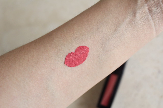 Estee Lauder Pure Color Envy Liquid Lip Potion in Fierce Beauty review and swatch